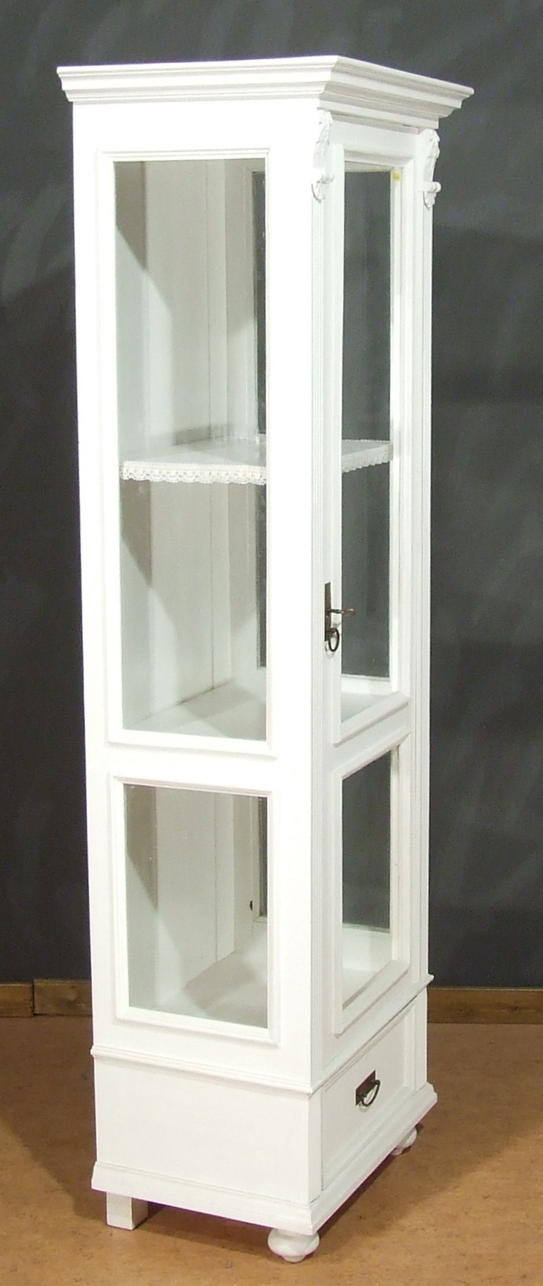 vi106 vitrine sammelvitrine landhausstil weiss 50 g nstiger da vorf hrmodell country. Black Bedroom Furniture Sets. Home Design Ideas